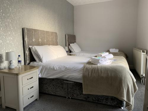 Family room-Comfort-Ensuite with Shower-Room 3 - Base Rate