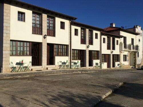 Apartamentos El Cardeo 4 pax