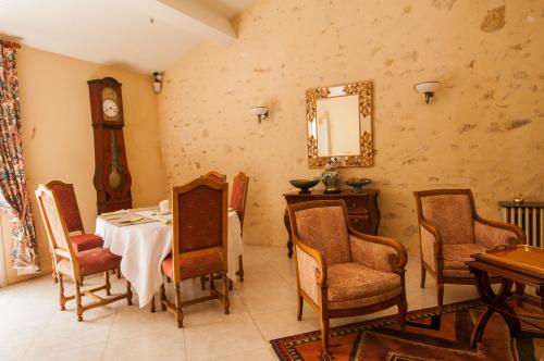 Suite-Salle de bain et douche-Vue sur Jardin - Tarif de base