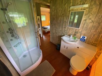 Full bathroom facilities with awesome shower