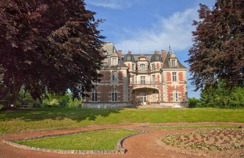 Location du Château de Joyeux