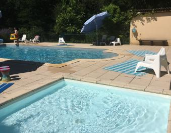 La piscine de 6x12 et la pataugeoire de 3x3
