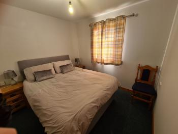 Cnoc Mairi Holiday Cottage - Main Double Room