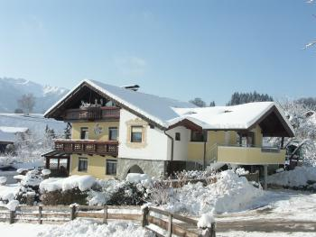 Haus Kaiserblick im Winter