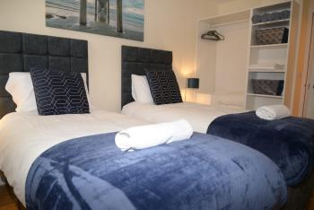 QF1 - Twin room ideal for Contractors