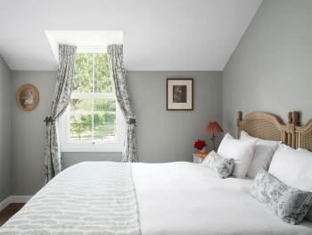 2 Bedroom Cottage / Master