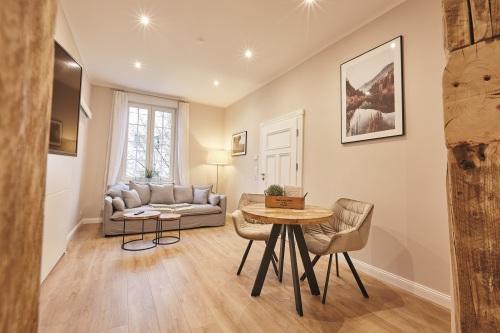 Apartment-Modern-Ensuite Dusche-Stadtblick - Basistarif