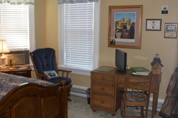 Amenities include: Wireless internet, ironing board & iron, cable TV, hair dryer, ceiling fans and a Beverage Bar.