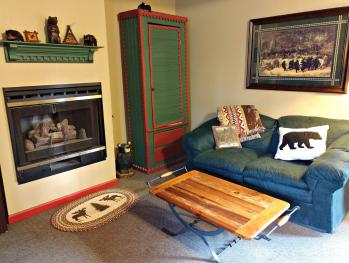 Birch Room #1 Gas Fireplace/Seating Area