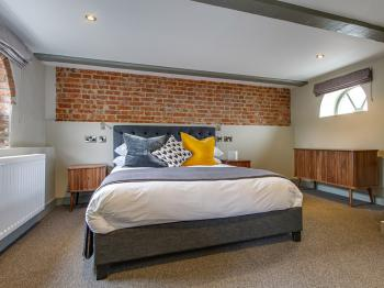 Suite - Room 1