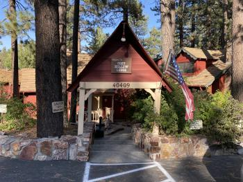 2 Bedroom Lodge with Kitchen - sleeps 8 at Cozy Hollow 3 -