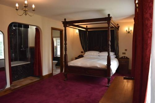 Double room-Luxury-Ensuite with Bath-Balcony - Base Rate