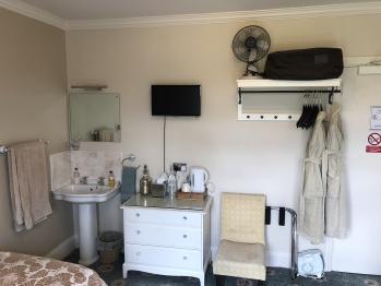 Twin Room - Standard