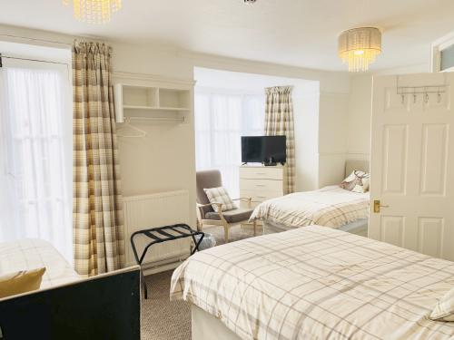 Family room-Ensuite-Up to 4 people - Base Rate