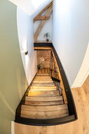 L'escalier original et authentique - La Grange - Bruyères-et-montberault