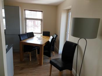 Dining Table Apartment 301