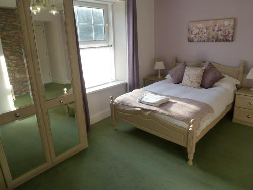 Double room - Ensuite with Shower