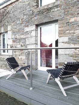 terrasse privative de la chambre framboise