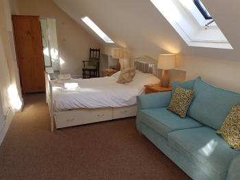 Double room-Ensuite-With Private Entrance
