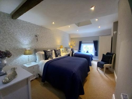 Bedroom with view of the Iron Bridge