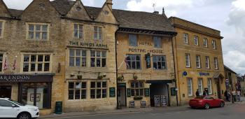The Kings Arms - Pub/Hotel Front