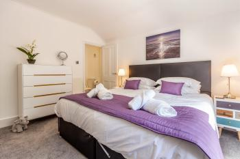 2 Bedrooms - Farningham Road - Guest Homes