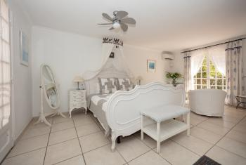 Deluxe-Double room-Ensuite with Shower