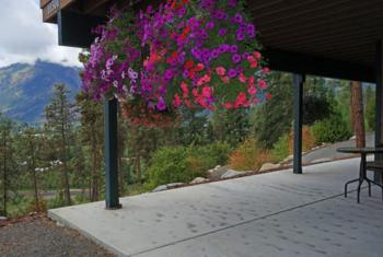 Tumwater Mountain Room Patio