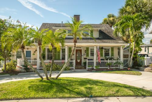 Historic 1925 Old Florida Home