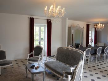Manoir 1685 Saint-Malo - Salle de petit déjeuner