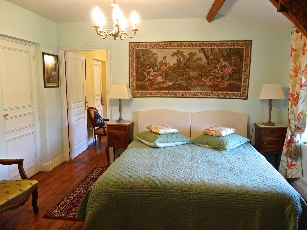 Salle De Bain Famille château les vallées, tournon-saint-pierre | chambres