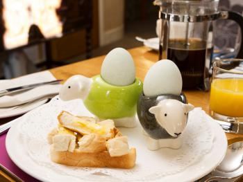 Have breakfast with our Herdy's!