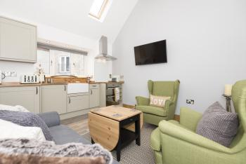 1 Wee-Kalf open plan kitchen and lounge