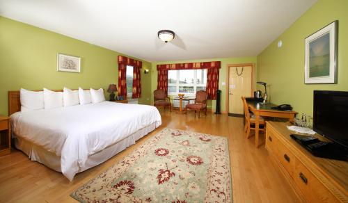 Triple room-Ensuite-Standard-Suite # 7