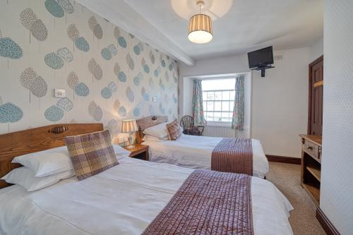 Twin room-Superior-Ensuite with Bath-Village view