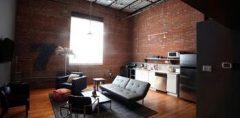 Guestroom loft 6
