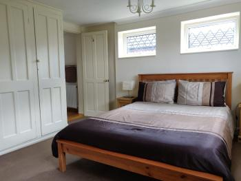 King-King-Ensuite with Shower-Garden View-Whitehouse Cottage Room 2 - Base Rate