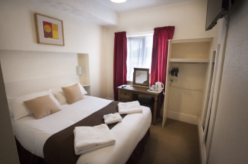 Standard-Ensuite-Double room - Base Rate