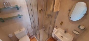 Ground Floor Double Ensuite Shower Room