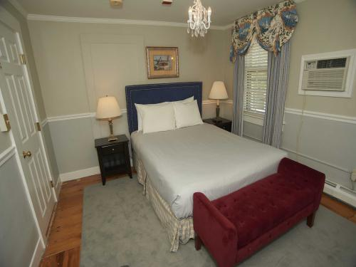 The House 15 Queen (no pe-Double room-Ensuite-Standard - Base Rate