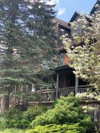 Hotel Mountain Brook (Spring)