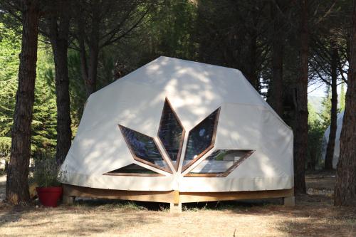 Tente-Romantique-Salle d'eau-INSOLITE WIZZDOME - Tarif de base