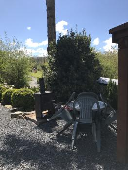 Cartmel Camping Pod - Log burner with Chairs & table