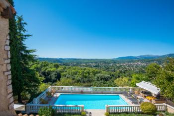 Bastide les 3 Portes - Vue piscine et panoramique