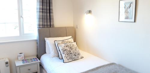 Single room-Standard-Ensuite with Shower-Sea View