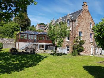 Black Isle Holiday Apartments - Rear Exterior
