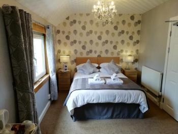 Double Bedroom-En- Suite