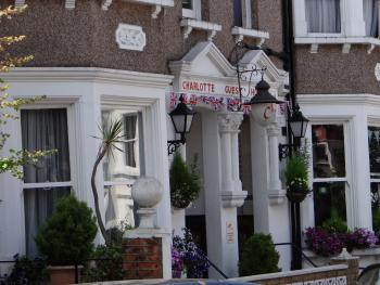 Charlotte Guest House -