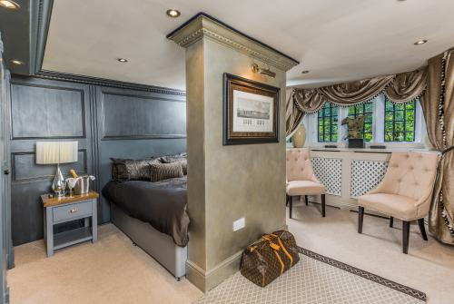 Double room-Premium-Ensuite with Shower-Ext Wing - King Richard