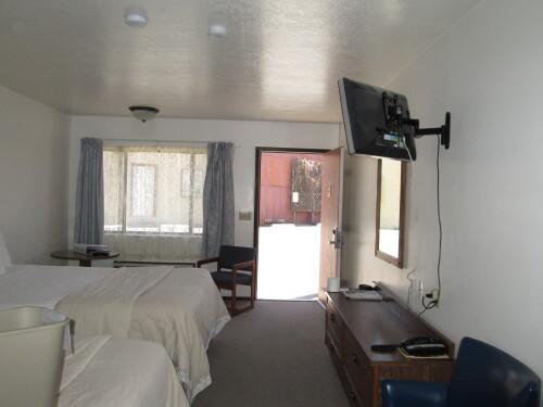 Queen-Ensuite-Standard-Double Queen Bed Room - Base Rate